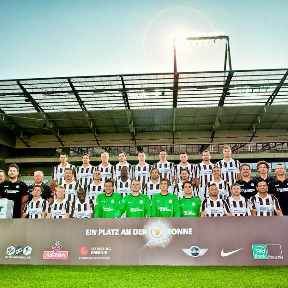 Mannschaftsfoto FC St. Pauli in der Saison 2011/12
