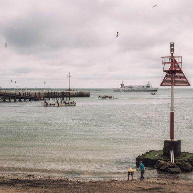 Landung von Touristen vor der Insel Helgoland