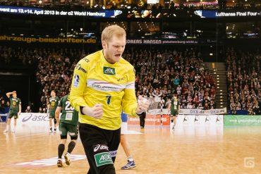 HSV HAndball Torwart Jogi Bitter jubelt