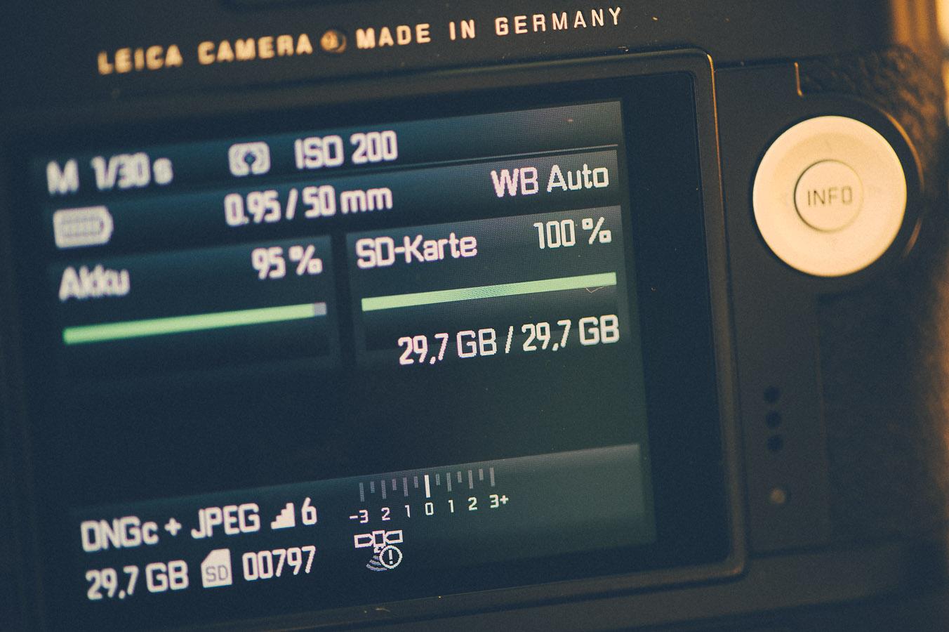 Anzeige im Kameradisplay ohne Satellitenempfang