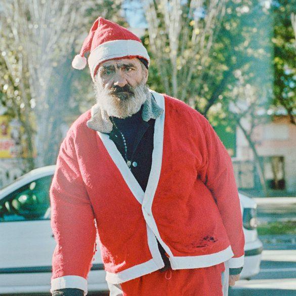 Zufällig in Barcelona bei strahlendem Sonnenschein getroffen: den Weihnachtsmann