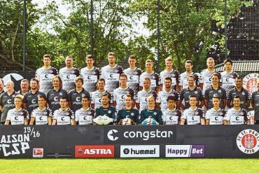 Mannschaftsfoto FC St. Pauli Saison 2015/16
