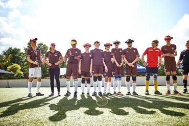 Das Team vom FC St. Pauli hat Spaß