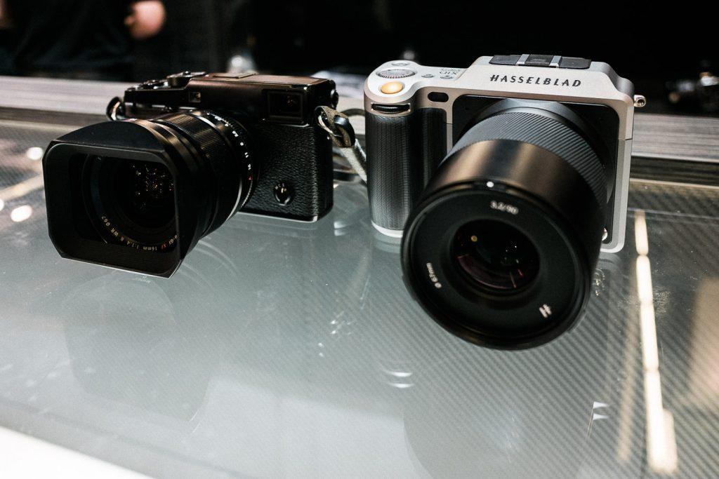 Fuji X-Pro2 vs Hasselblad