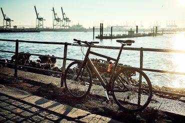 Fahrrad am Fischmarkt in Hamburg