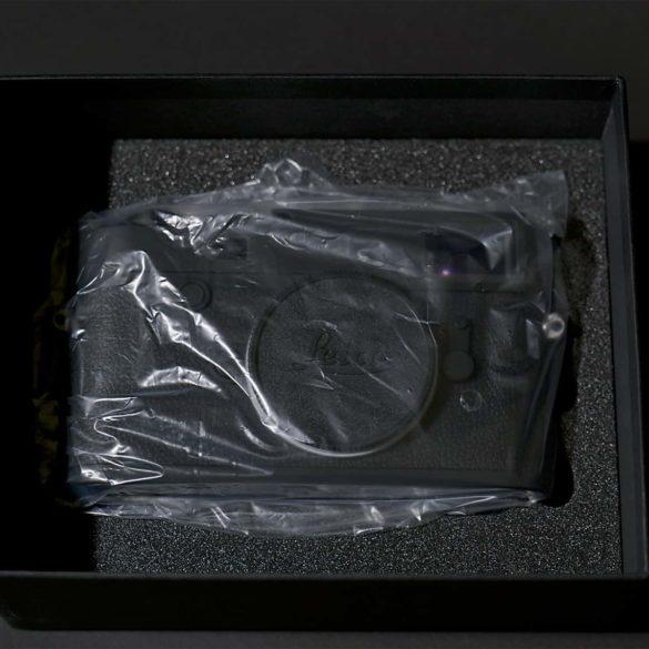 Leica M10 Monochrom unboxed